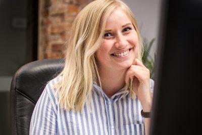 Sara Pärlefalk grafisk designer och projektledare